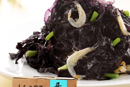 Seaweed and Mini Shrimps Dressed with Sauce